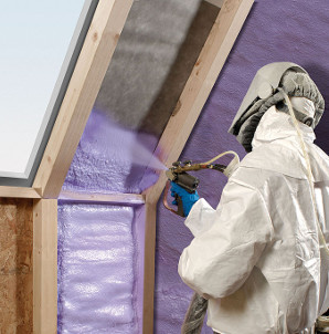 spray_foam_insulation-application-full-protective-equipment