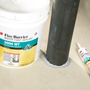 3M™ Fire Barrier Water Tight Sealant 3000 WT pipe application